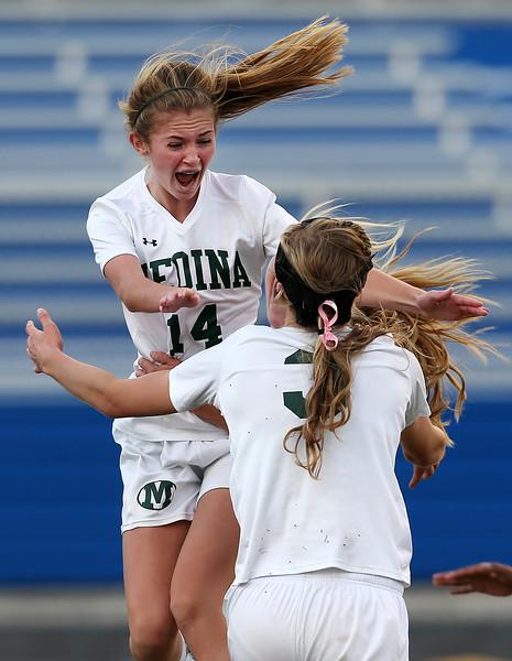 Medina girls beat Perrysburg, advance to state